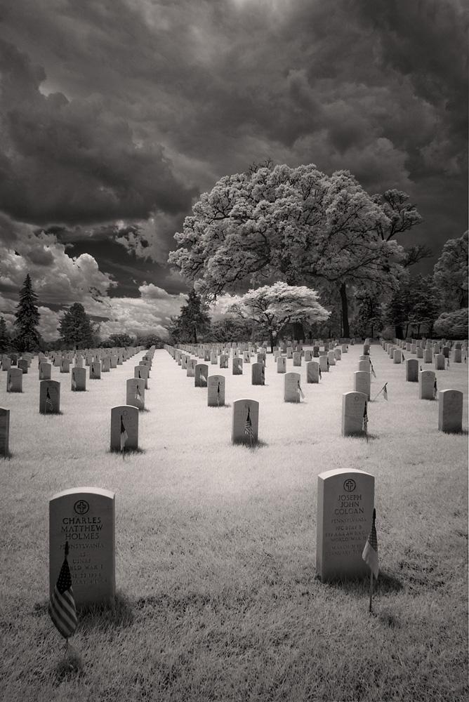 Memorial – Philadelphia National Cemetery