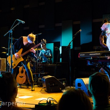Pomplamoose Plays Philly