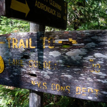 Unmaintained sign at the foot of the unmaintained Cold Brook Pass